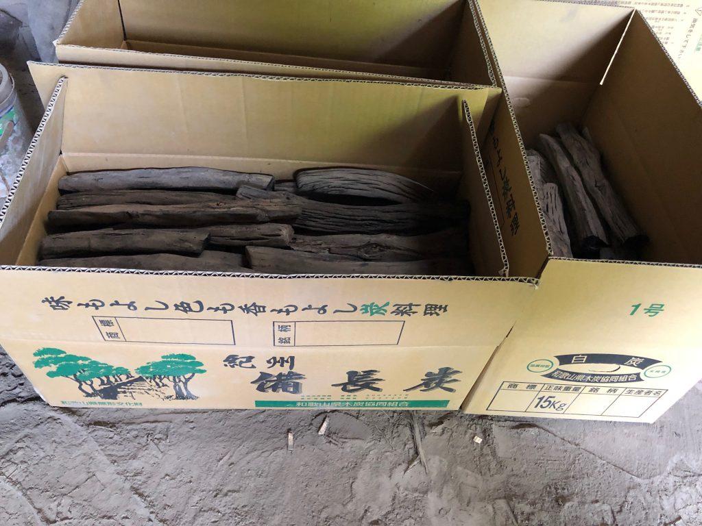 Binchotan Japan verpakt in dozen